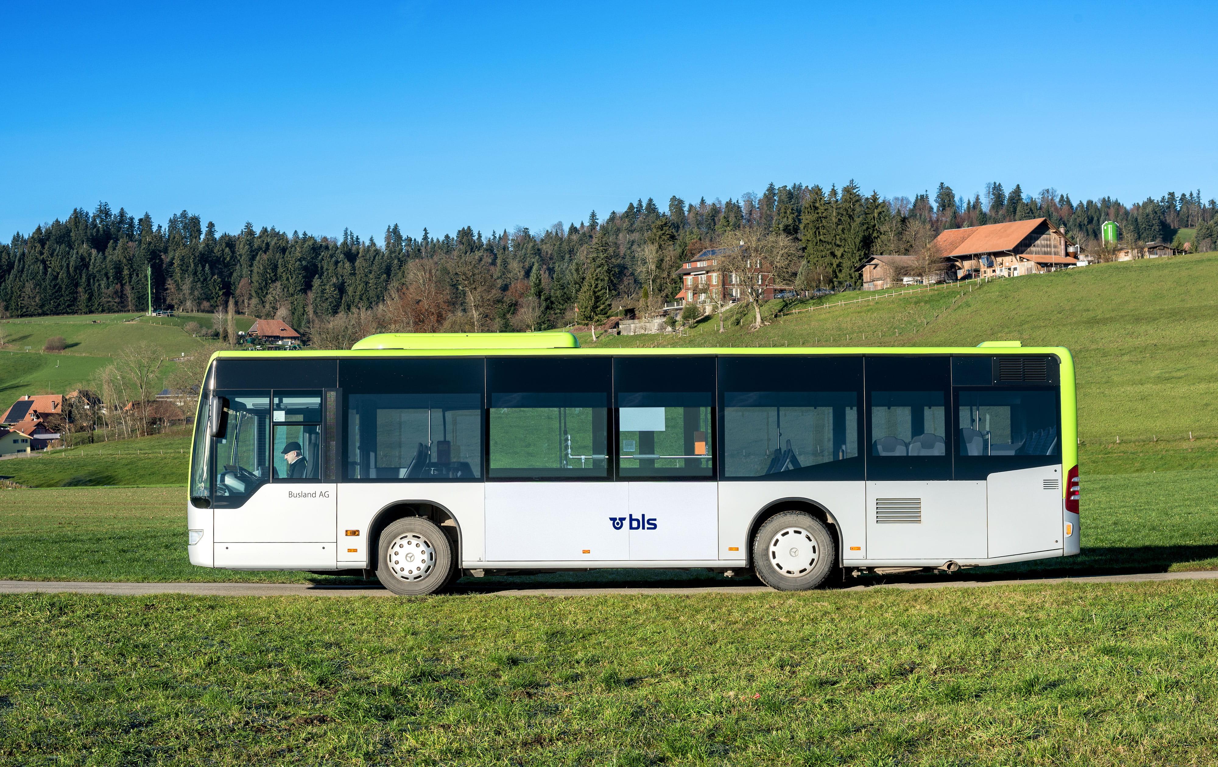 Charter buses mercedes benz citaro k charter fleet for Mercedes benz charter bus