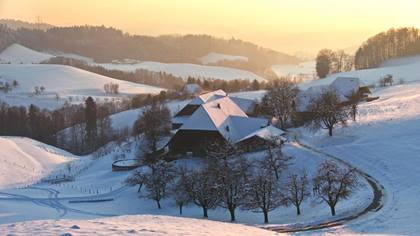Heimatland Region Emmental Bauernhaeuser Winter 1