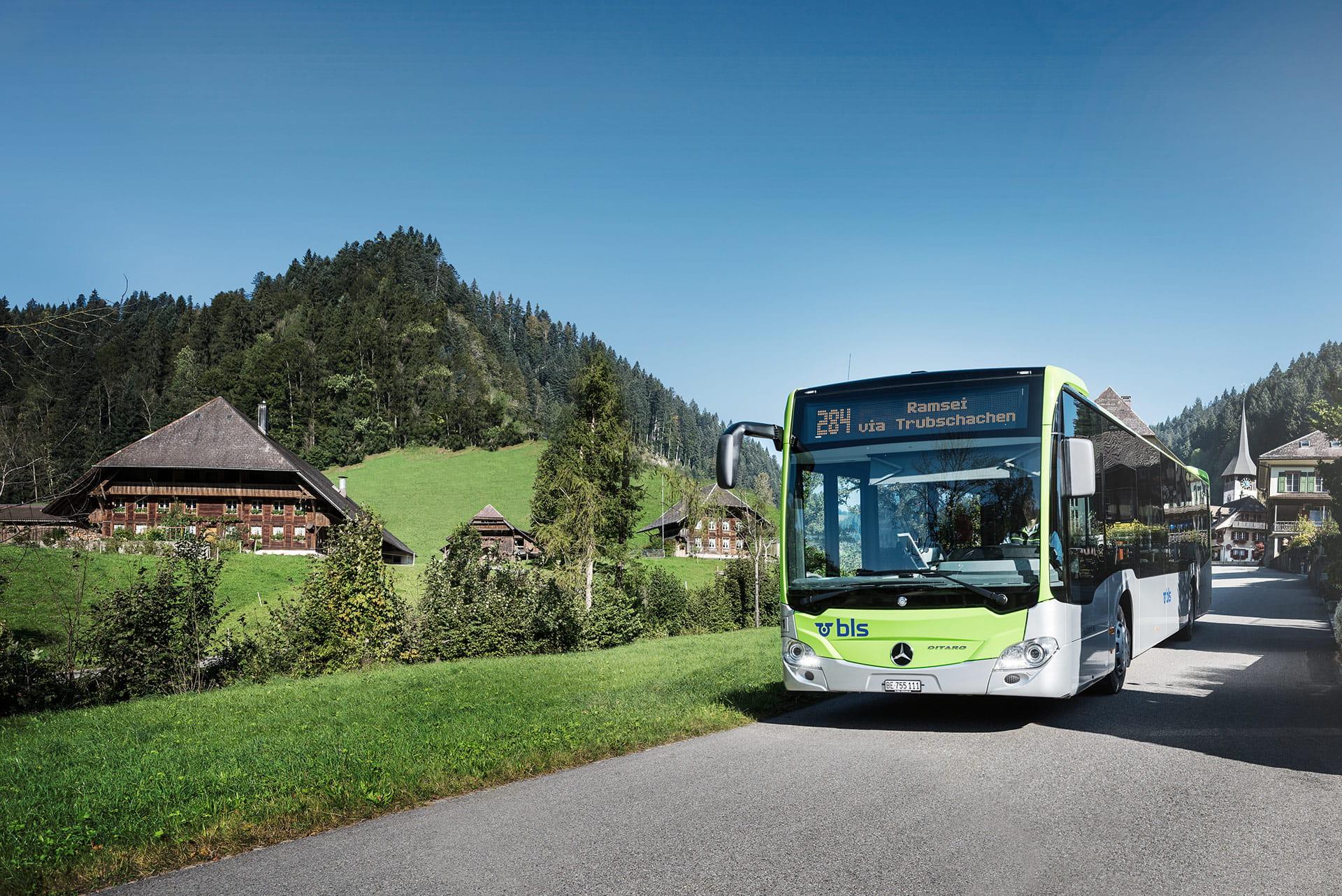 Mit dem BLS Wanderbus durch das idyllische Trub.