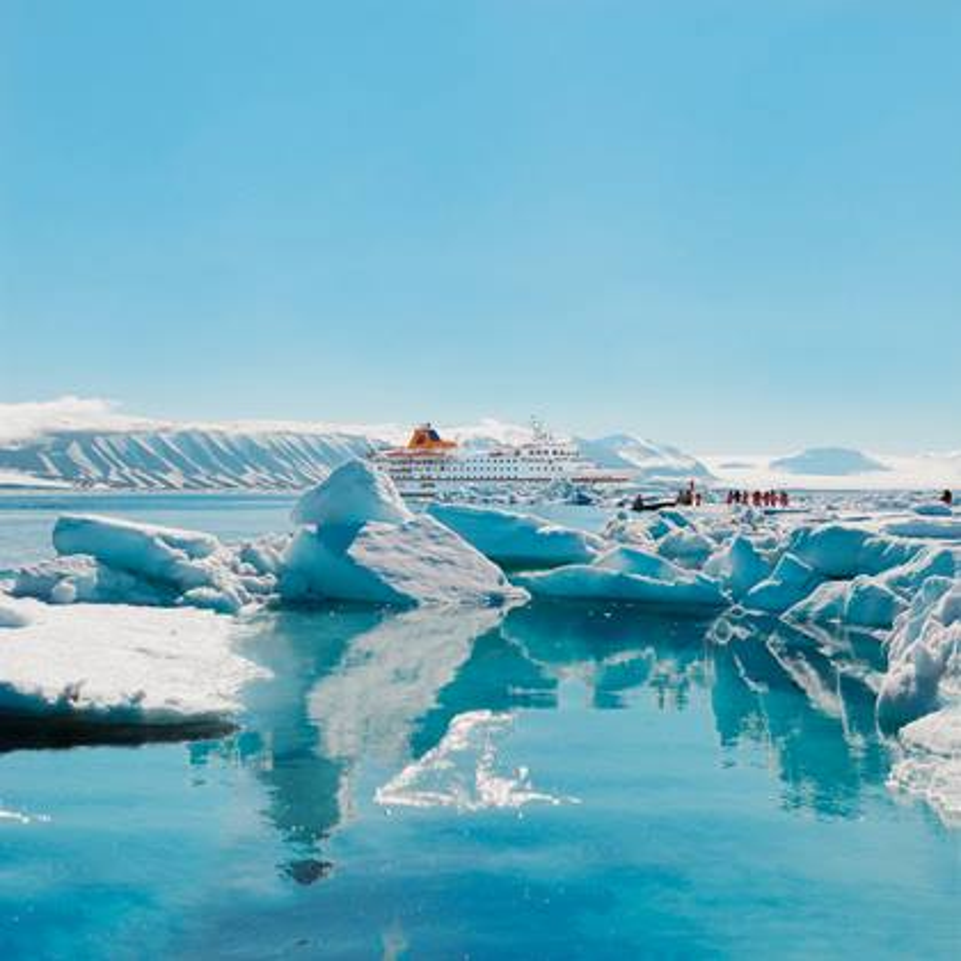 Eisberge auf der Expedition Spitzbergen