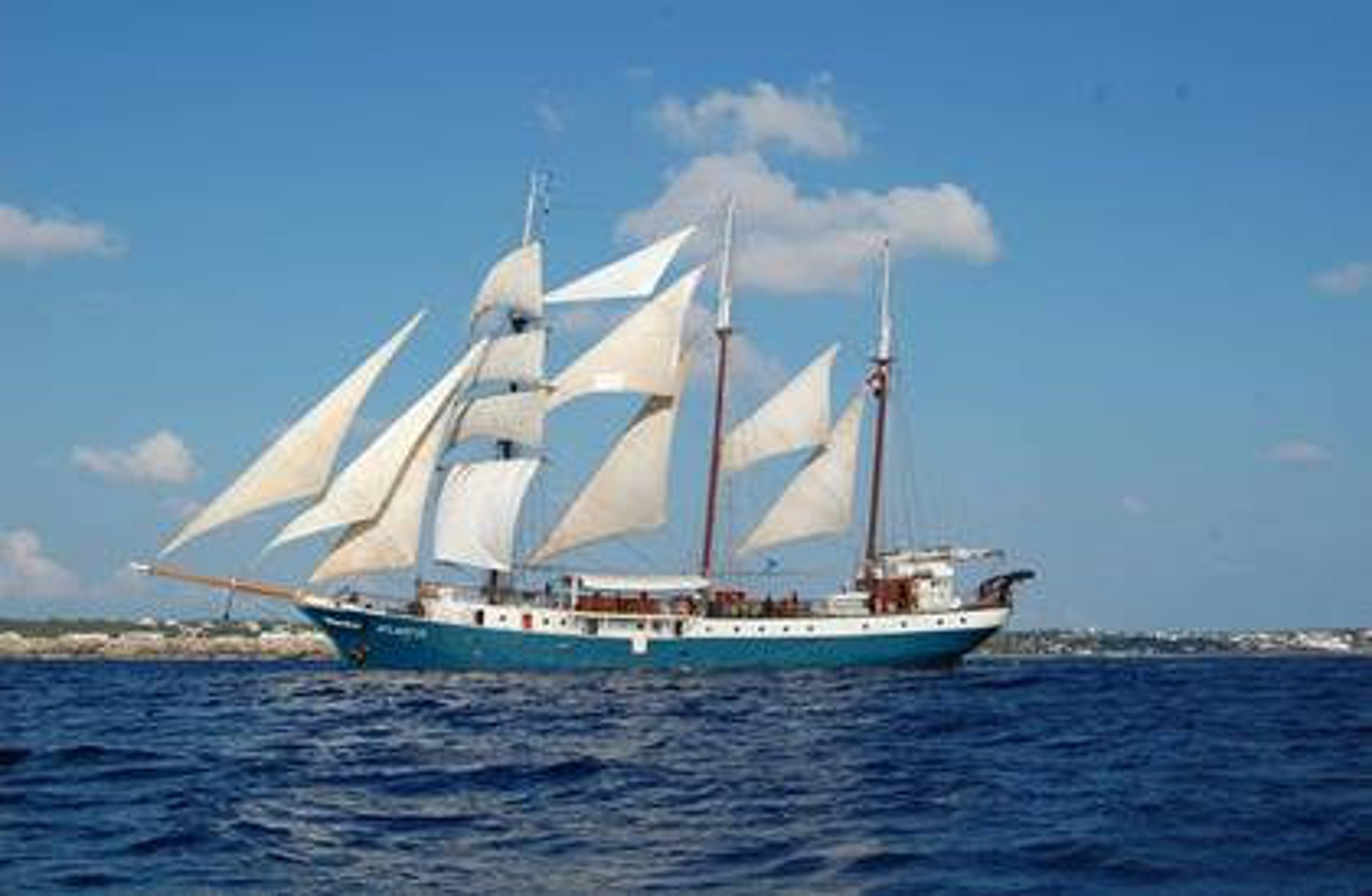 Segelschiff Atlantis vor Svenja