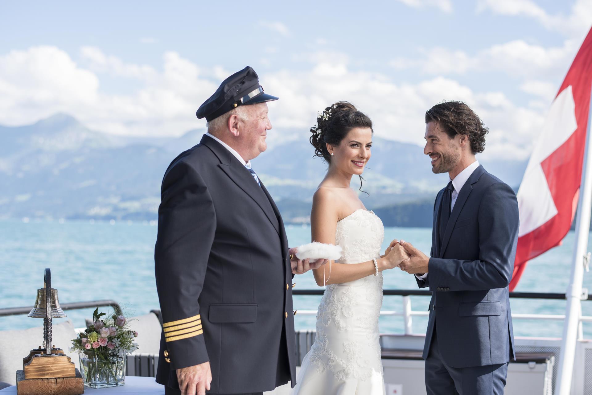 Das Paar mit dem Kapitän