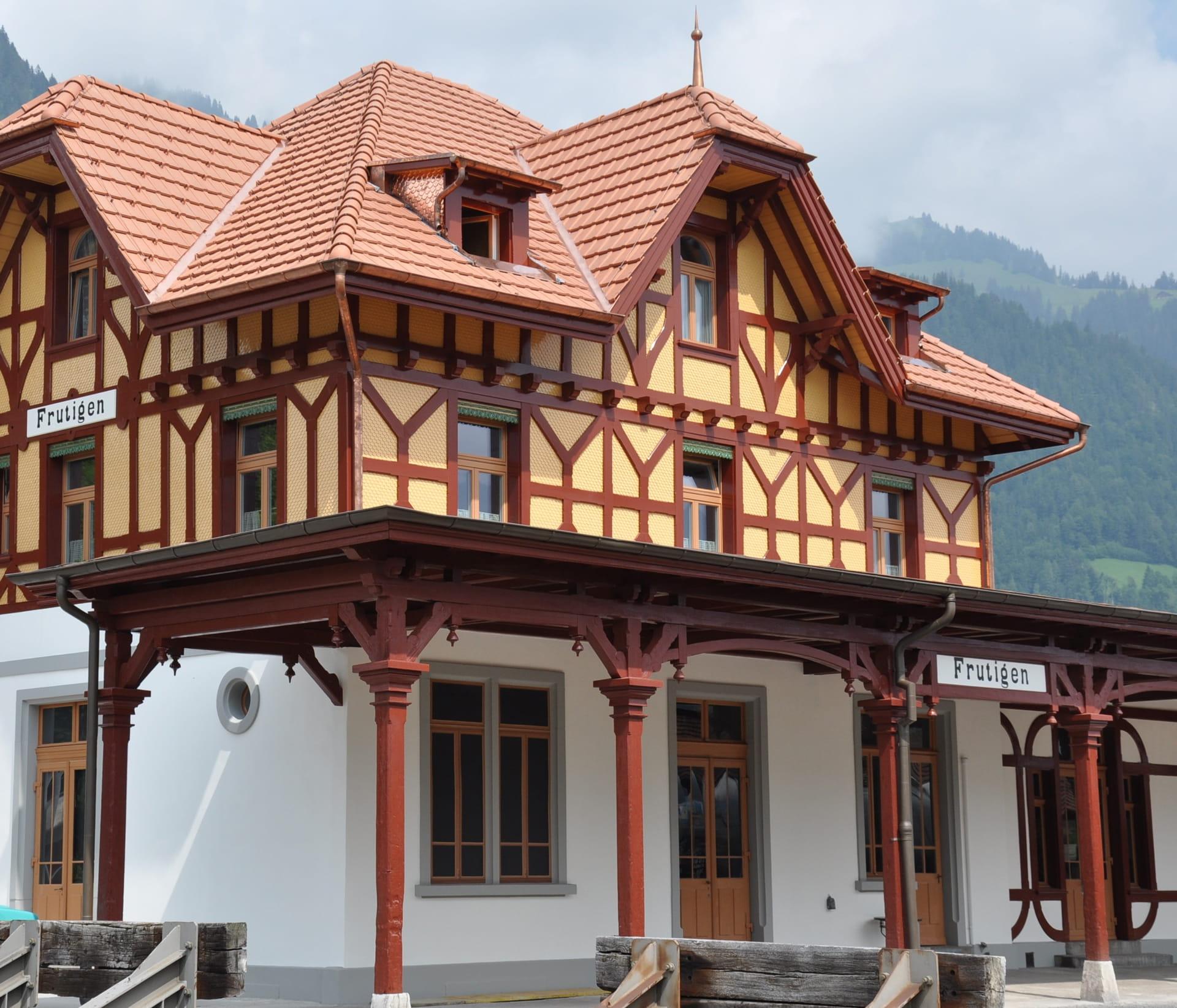 Historischer Bahnhof Frutigen in neuem Gewand.